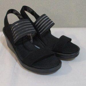 Skechers Rumblers - SCI FI Cali Wedge Sandals 9